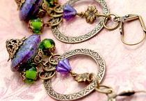 Amazing Handmad Jewelry / Handmade jewelry from all over the web, including Etsy, ArtFire, Zibbit, and Yardsellr.   Always unique and one of a kind.