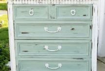 I love Duck Egg Blue / Loving duck egg blue with white.  Thinking of a revamp of my bedroom in these colours.