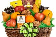 Gift Baskets / by Gift Ideas