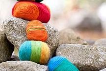 Steengoed / Steen verklaart de hemel, in zijn kleuren overdag. steen verzamelt warmte,  voor herinneringen in de nacht.  / by Marga Timmers