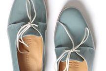 Shoes, Bags & Accessories / I love simplicity with an edge