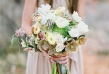 Wedding Inspiration / Designs and arrangements by others that we love.
