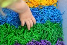 Sensory Bins / This is the place to find hundreds of ideas to create amazing sensory bins, bottles and bags!