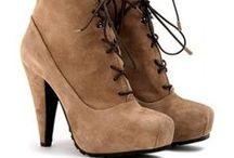 Fashion finds / Shoes, purses, fashion.