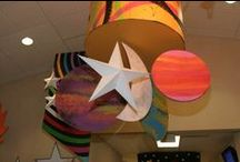 Classroom Theme: Space / Decor ideas for your space-themed classroom!
