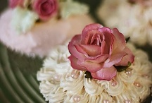 Cupcakes & Candies / by Mais Al-Najafy