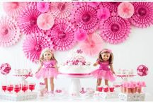 American girl doll beading birthday party / Ideas for activities, decor and games to play at a Beading Buds American Girl birthday party.