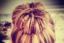 Hair && Stuff / by Sarah Matthews