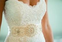 My Dream Wedding Dress / by Brittany Lamb