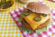 Burgers & Sandwiches / Burgers & Sandwiches