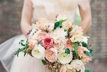 Can never start planning your wedding toooo soon / by Elena Joy