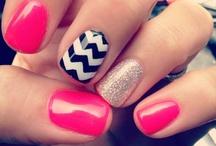 nails / by Jordyn Tyler