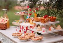 Party Table Displays / Table displays at parties, dinners and other events