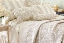 Beautiful Bedspreads / Everything gorgeous to adorn you bed.