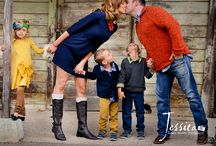 Family Pictures / Picture pose and color scheme ideas.