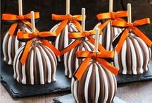 Halloween Gifts / Find beautifully decorated Gourmet Caramel Apples and gift baskets for a delectable Halloween. Repin to your own inspiration board.