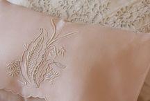 Linens, Bedding & Bath / A delicadeza, a elegância, o conforto...