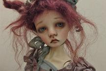A dolls story v