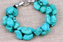 Jewelry | Bracelets / by Lisa Martens