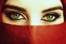 Eyes... of ice... of fire... / by Ana Catita Lamas