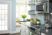 Home: Kitchen / by Paige Brumfield