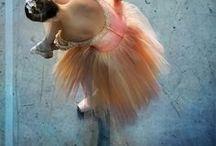 Танец / Танец - это не просто спорт или искусство, это наука о движении тела, выражающих эмоции и чувства