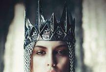 crowns - diadems - tiaras - kings - queens / crowns - diadems - tiaras - kings - queens