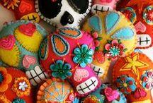 Sugar Skulls / by Glenda Hopkins