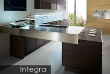 Integra 2015 Traditional Modern European Kitchen NYC / A modern Italian kitchen design that is already considered a classic. The Integra model offers several design options - curved cabinets, flat fronts with a channel or a unique recessed handle or solid 3-piece framed oak fronts with handles - all create sensuous designs fitting for all settings from a contemporary traditional Italian kitchen to a modern minimalist design.