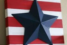 Festive | Fourth of July Crafts / Looking for a fun Independence Day activity for your kids? Try one of these!