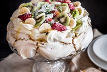 Pavlova / A meringue-based dessert (named after the Russian ballerina Anna Pavlova), with a crisp crust and soft, light inside, usually topped with fruit and whipped cream.