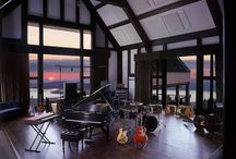 music room / interior ideas with musical instruments and DAW.