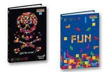 Tetris by Quo Vadis / Considéré comme l'un des jeux les plus emblèmatiques de tous les temps.  Ce jeu vidéo de puzzle conçu en 1984 par Alekseï Pajitnov a été vendu a plus de 425 millions d'exemplaires sur plus de 30 plateformes. Sa version sur Game boy a été classée 4ème jeu vidéo le plus vendu de l'histoire des jeux vidéo.  - See more at: http://store.quovadis.eu/fr/collection/collection-fantaisie/tetris.html#sthash.dbNlA9vL.dpuf