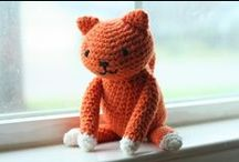 Free Cat Crochet Patterns / Make Your Own Cat With A Free Pattern found here by a variety of designers! Click on the pictures to get to the pattern :) / by Sharon Ojala