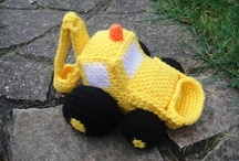 Free Vehicles & Ships Crochet Patterns / Make Your Own Ship With A Free Pattern found here by a variety of designers! Click on the pictures to get to the pattern :)