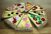 Free Food & Drink Crochet Patterns / Make Your Own Play Food With A Free Pattern found here by a variety of designers! Click on the pictures to get to the pattern :) / by Sharon Ojala