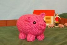 Free Pig Crochet Patterns / Make Your Own Pig With A Free Pattern found here by a variety of designers! Click on the pictures to get to the pattern :) / by Sharon Ojala