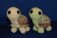 Free Turtle Crochet Patterns / Make Your Own Turtle With A Free Pattern found here by a variety of designers! Click on the pictures to get to the pattern :)