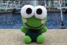 Free Frog Crochet Patterns / by Sharon Ojala