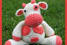 Free Cow Crochet Patterns / Make Your Own Cow  With A Free Pattern found here by a variety of designers! Click on the pictures to get to the pattern  / by Sharon Ojala