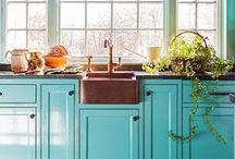 Kitchen Design Inspiration / Kitchen design must be properly executed for functionality as well as beauty. Modern, rustic, traditional styles can look great in kitchens of all sizes! Pin your favorite kitchen colors, appliances, or just anything that catches your eye!