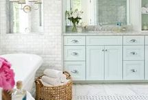 Beautiful Bathrooms / The bathroom is the space that we begin each and every day, why not make it both visually appealing as well as functional? Pin your favorite designs!