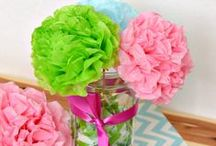 Cute Crafts for Craft Nights & Naptime Projects / I love collecting cute craft tutorials for my quarterly mom's night in / craft night. These will be mostly easy DIY crafts for the home, including decor ideas, front door ideas, cute displays, wall art, etc.