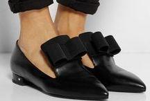 In her shoes / Buy buy baby!