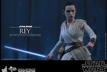 Sideshow Rey / She's more than just a scavenger.