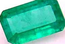Trend | Emerald / Pantone Color of the Year 2013 / by Sally Beauty