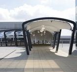 London Gatwick Airport Premium Drop Off / Our steel & fabric canopy with Balfour Beatty at London Gatwick Airport North Terminal  Photography: Agnese Sanvito