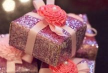 Gifts & Cards / by Le'Anna Rodgers