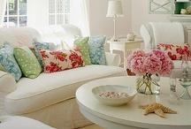 Room ideas/colors / by Chrissy Robbins Gavin