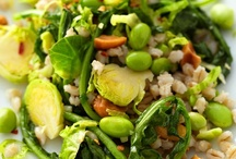 Salads & Veggie Dishes / by Sandra Rief